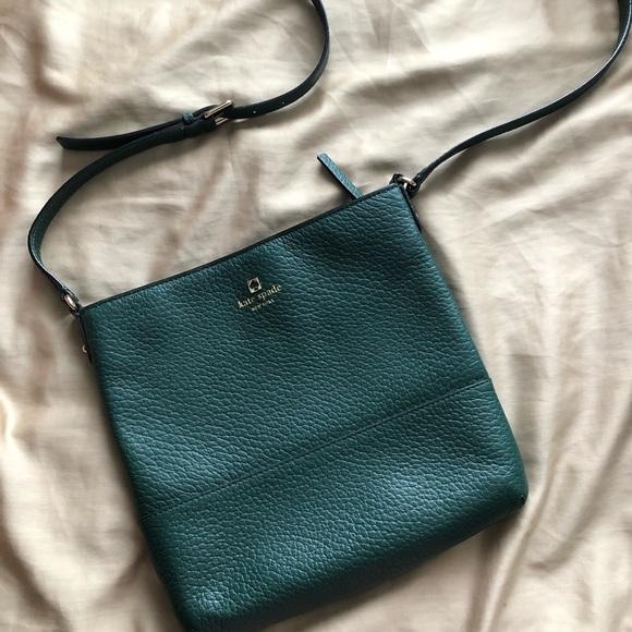 kate spade Handbags - Kate Spade crossbody
